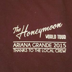 ARIANA GRANDE roady shirt